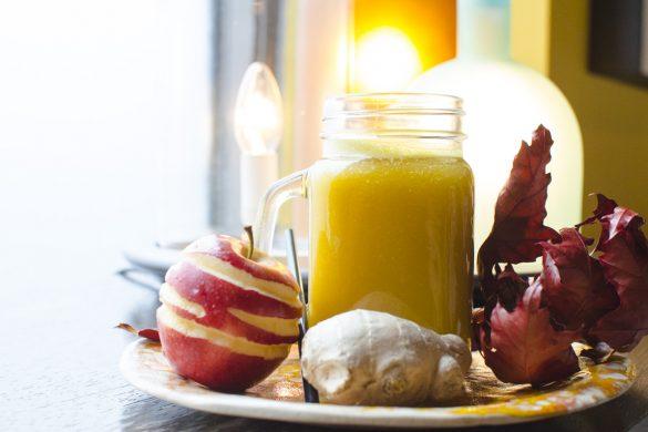Herbstliche Kürbis-Apfellimonade